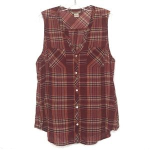 Lucky Brand red plaid sleeveless button front top